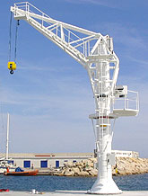 Grues port sportif